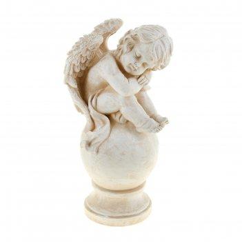 Статуэтка ангел спящий на шаре античный белый