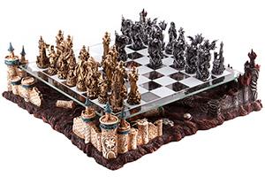 Шахматы полистоун добро против зла на тематической доске 42х42см