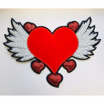 Аппликация «красное сердце с крыльями», размер 22x17 см