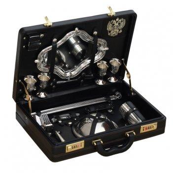 Подарочный набор для пикника в чемодане турист (на 4 персоны)
