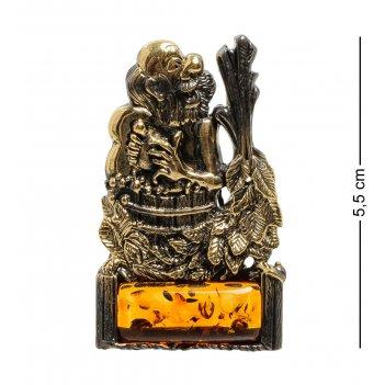Am-1873 магнит банщик (латунь, янтарь)