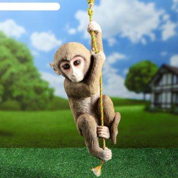 Садовая фигура подвисная обезьяна на верёвке