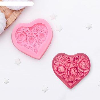 Молд 5,5х5 см цветочное сердце