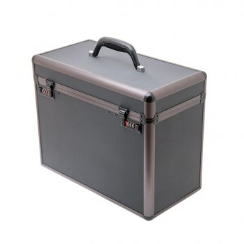 чемоданы от Harizma