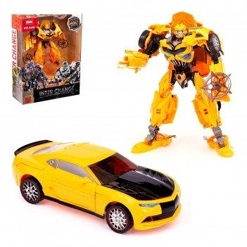Робот-траснформер автобот, с оружием и аксессуарами