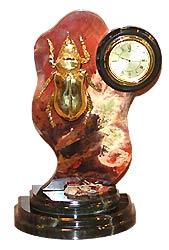 Часы жук камень яшма арт.3062 (изделия из яшмы)