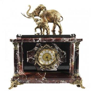 Часы-сейф из яшмы слоны