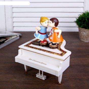 Шкатулка музыкальная механическая танцы на рояле 15х18х17 см
