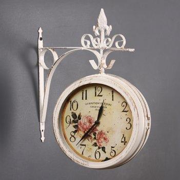 Часы настенные 30*34 см.диаметр циферблата=20 cm. ...