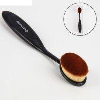 Кисть для макияжа д/нанес пудры и тон крема 14,5см(35/25/15) овал pvc qf ч