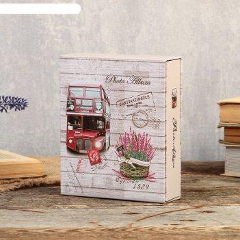 Фотоальбом на 40 фото 10х15 см башни и цветы в коробке, золотая обводка ми