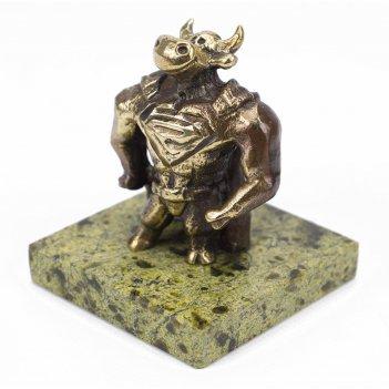 Статуэтка бык супергерой бронза змеевик 50х50х58 мм 160 гр.