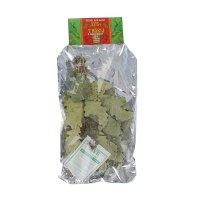 Веник дубовый объемный с травами в подарочной упаковке
