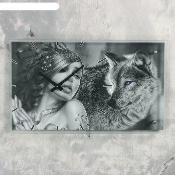 Часы настенные прямоугольные девушка с волком, 35х60 см