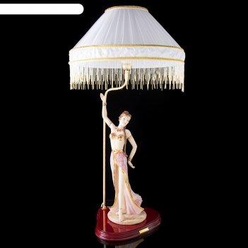 Лампа настольная танец (от сети)