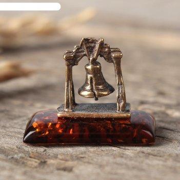 Сувенир из латуни и янтаря колокол