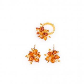 Комплект из натурального янтаря и бисера: серьги, кольцо