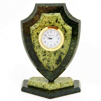 Часы щит большой камень змеевик
