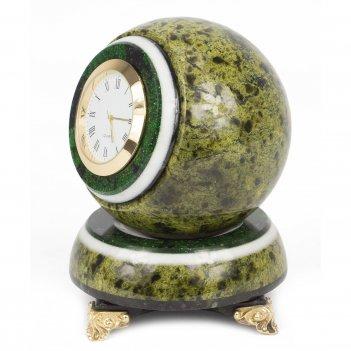 Часы шар антистресс светло-зеленый змеевик 85х85х125 мм 1300 гр.