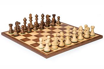 Шахматы стаунтон монарх, фигуры самшит и палисандр, король 6,5см 30х30см