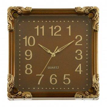 Часы настенные коричневые с окантовкой по углам квадрат 30*30 см