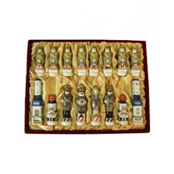Шахматы гибдд малые подглазурная роспись, в бархатной коробке