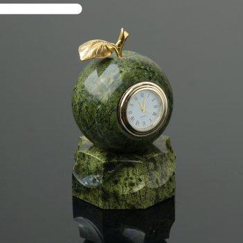 Часы  яблоко, на подставке, 7,5х13 см, змеевик