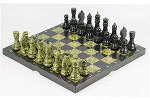Шахматы камень змеевик (доска 40х40 см)   3301