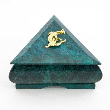 Шкатулка треугольная змеевик