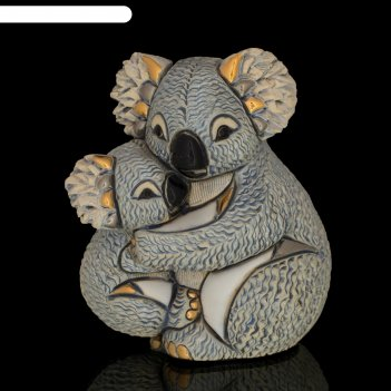Фигурка коала с детенышем