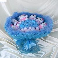 Букет из игрушек hello kitty голубой