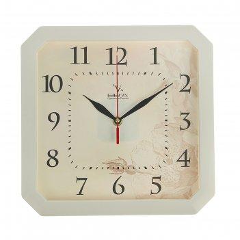 Часы настенные классические, квадратные, белые