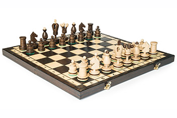 Шахматы инкрустированные, король 10см, польша, 48х48см