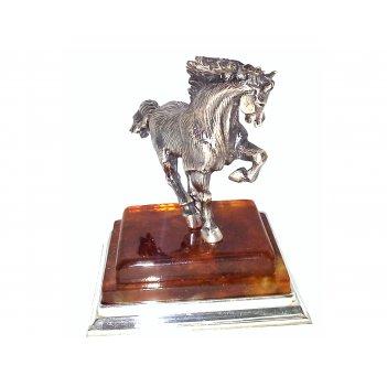 Сувенир лошадь из янтаря