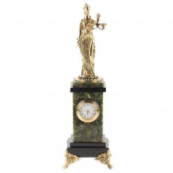 Часы фемида нефрит 90х90х285 мм 1600 гр.