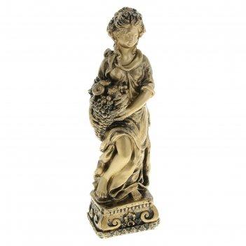 Статуэтка девушка с корзиной малая бронза