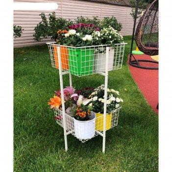 Этажерка для цветов с корзинами и кашпо (8 штук). корпус слоновая кость. к