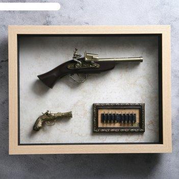 Сувенирное изделие в раме, структура дерево, 2 пистолета и пули, на карте