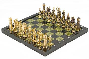 Шахматы римские бронза змеевик 360х360 мм