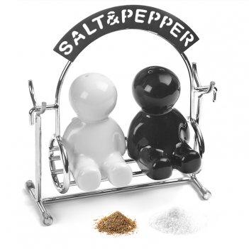 Солонка и перечница salt&pepper