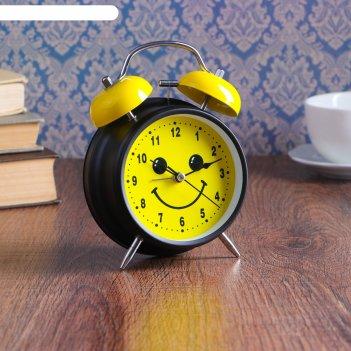 Будильник d=11,5см, черный, на циферблате мордашка-улыбашка на желтом