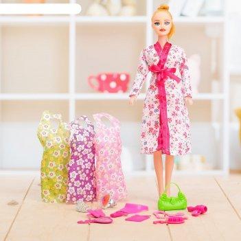 Кукла модель вика в халате с аксессуарами