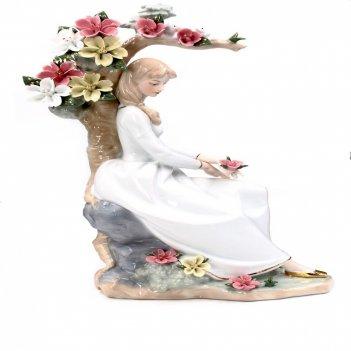 Фигурка декоративная девушка в саду, l25 w13 h36 см