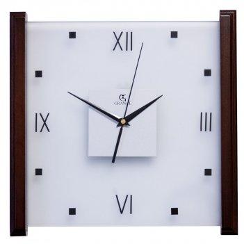 Настенные часы e-03  темный орех 330х330х30 мм