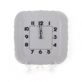 Часы настенные/квадратные 26см.бернадот 0000