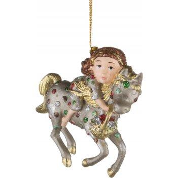 Елочная игрушка девочка на лошади 9 см..без упак...