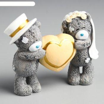 Сувенир полистоун медвежата me to you свадебные с большим сердцем 8х10 см