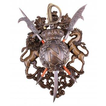 Геральдика, корона, сабля и две алебарды