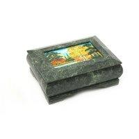 Ларец с рисованной крышкой, на каменных ножках