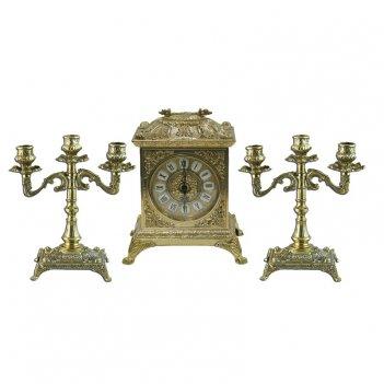Часы каминные  и 2 канделябра
